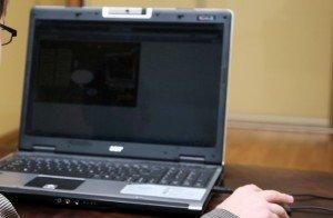 Nėščioji ir kompiuteris