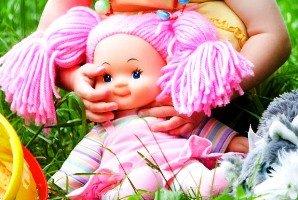 Kodėl lietuviai mėgsta ryškius žaislus, o vokiečiai renkasi nedažytus