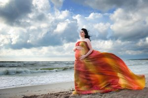 Ne kiekviena moteris gali gimdyti vandenyje –sužinokite, kada tokio gimdymo verčiau neplanuoti