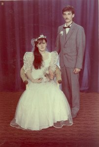 1989.12.09 Mrceliukės tėvai vestuvių dieną