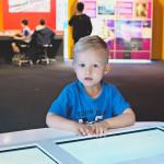 Inovatyviųjų technologijų muziejus – šviesos stalas