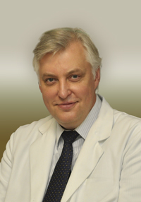 Konsultuoja medicinos daktaras gydytojas otolaringologas Virgilijus Sakalinskas