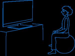 Sėdėjimas ant kamuolio padeda formuoti taisyklingos laikysenos įgūdžius