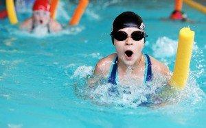 Plaukiko ausis – baseiną lankančių vaikų liga