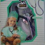 22. Žaislinis stetoskopas, užterštas ftalatais. Pagaminta Olandijoje.