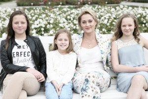Daiva su dukromis