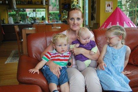 Gabriele su vaikais – Elžbieta, Mykolu ir Agota