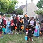 Helovynas su kaimynų vaikais