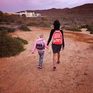 Paula pirmą dieną eina į mokyklą