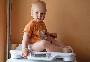 Kūdikiui lėtai auga svoris. Gal kaltas mamos pieno riebumas?