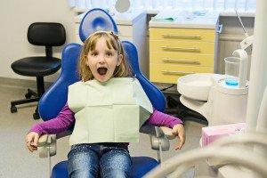 Dantų silantai: ką svarbu žinoti?