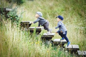 Nesvarbu, kokio amžiaus jūsų vaikas, jis tiesiog privalo tris kartus per savaitę po 60 minučių aktyviai judėti