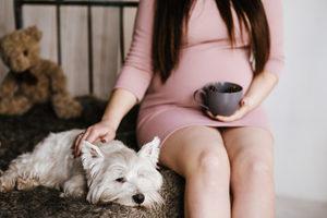 Stebuklingi pastojimai: jokių nėštumo požymių, ir – sveikiname, tuoj gimdysite