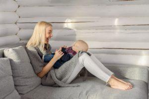 Kaip kalbinti kūdikį? Pirmiausia paploninkite balsą