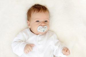 Ar duoti kūdikiui čiulptuką? Tiesa ir mitai