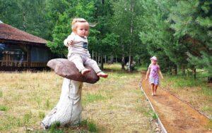 Planas 4 vasaros savaitgaliams: ką veikti su mažais vaikais neišleidžiant daug pinigų