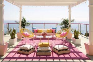 Sukurta reali Barbės namo kopija – šią vilą galima išsinuomoti ir pasimėgauti rožiniu gyvenimu