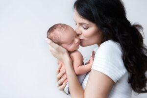 Verkiančių vaikų taisykla, arba kaip reaguoti į kūdikio verksmą pagal pagarbiąją tėvystę