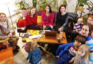 Duris atveria mamų kūrybos studija su kooperatyvia vaikų priežiūra