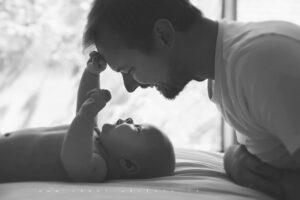 Nėra nieko gražiau, kaip pradedantis kalbėti vaikas. Mes galime jam padėti, bet galime ir trukdyti