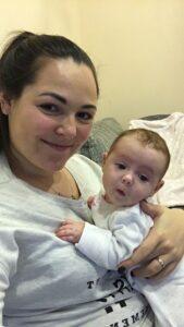Ema su dukryte gimdymo namuose
