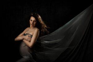 Praktiški fotografės patarimai apie nėščiųjų fotosesijas, pavyzdžiui, kodėl jos turėtų vykti iki 33 savaitės