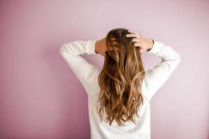 plaukai