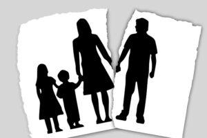 Tėvų skyrybos – nuo kokio amžiaus paisoma vaiko pageidavimo, su kuo jis norėtų gyventi?