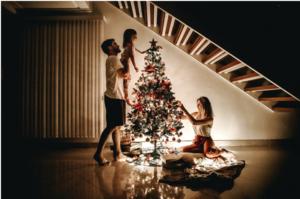 Kalėdinis apšvietimas – idėjos ir galimybės beribės. Praktiniai patarimai, kaip namus paversti švytinčia pasaka