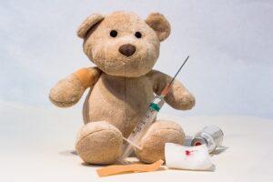 Mamos sunerimusios – nori pasiskiepyti nuo gripo, bet nebėra vakcinos. Ką pataria profesoriai?