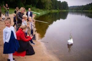 """Neringa Čereškevičienė apie Upės mokyklą: """"Man buvo visiškai aišku, kad noriu likti su vaikais, bet nerti gilyn"""""""