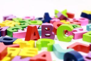 raidės