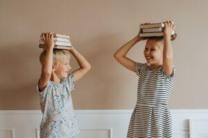 Kas užšifruota vaiko laikysenoje ir kodėl ją reikia tikrinti... kas pusmetį