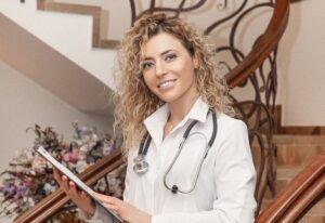 4 pagrindiniai klausimai, kuriuos gydytojams užduoda nėštukės