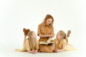 Įtraukiančios knygų serijos vaikams, paaugliams ir suaugusiems